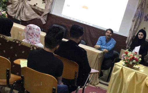 قسم الخط والزخرفة يقيم ورشة عمل  باللغة الانكليزية بعنوان الزخرفة الكتابية